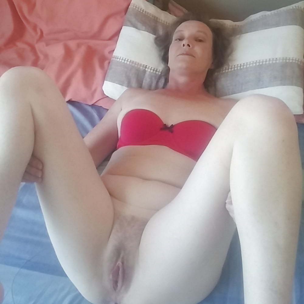Hot milf ready to fuck (6/7)