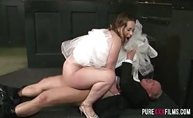 Dirty bride Victoria Summers no knickers squats on a her best mans cock